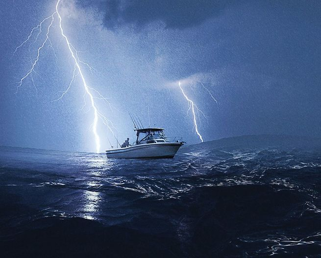 How To Survive Lightning Storms While Boating Boating Safety
